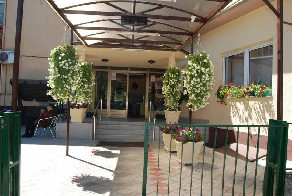 Poseta ministra Vulina Gerontološkom centru u Jagodini - slika 1