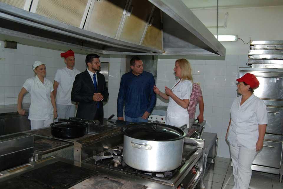 Poseta ministra Vulina Gerontološkom centru u Jagodini - slika 11