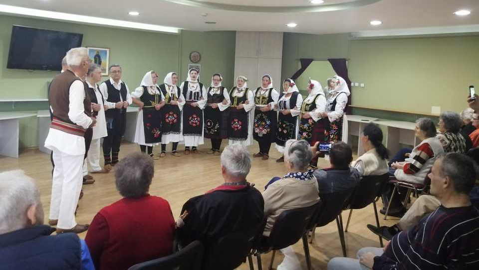 Традиционални концерт корисника ГЦ Јагодина и клуба пензионера